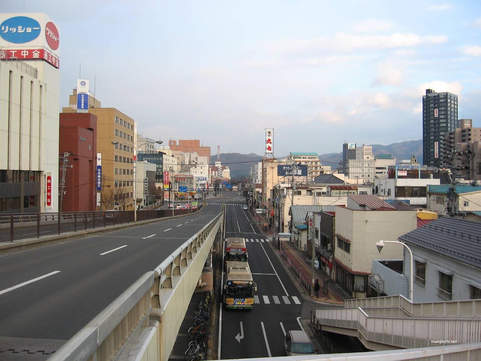 写真54枚)平和通~福島県庁と阿...