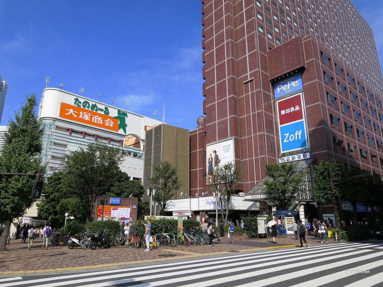 新宿 駅 西武